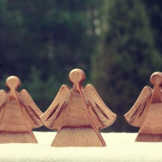 Wooden Christmas table decorations – Angels