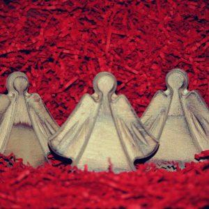 Medinės Kalėdų stalo dekoracijos Angeliukai