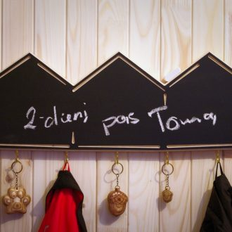 Wooden wall mount rack with chalkboard Three Cabins