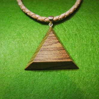 Neck accessory with wooden medallion – triangle Zebrano