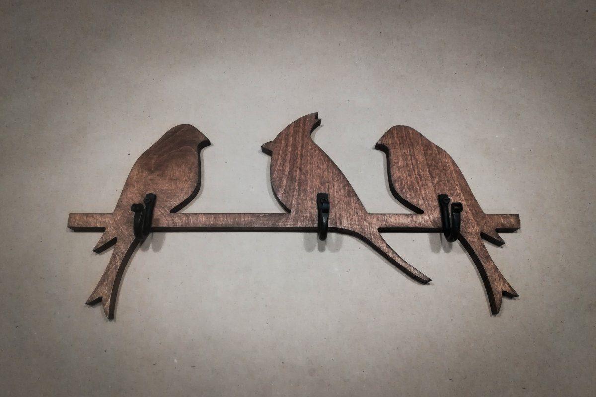 Medinė sieninė rūbų kabykla 3 paukščiai, vaškuota