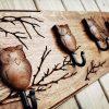 Medinė sieninė rūbų kabykla Pelėdų Giraitė
