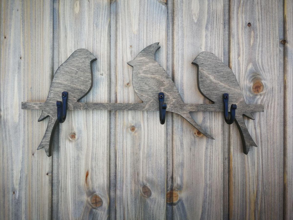 Medinė sieninė rūbų kabykla 3 Paukščiai