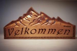 Medinis ženklas - iškaba Velkommen