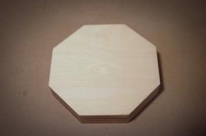 Medinė dovanų dėžutė