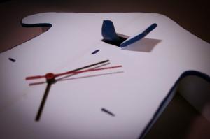 Unikalus rankų darbo sieninis laikrodis Gegutė namelyje
